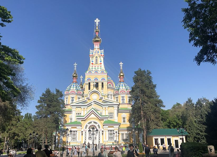 Die Christi-Himmelfahrts-Kathedrale von Almaty   -   Famous Christian Kathedral of Almaty